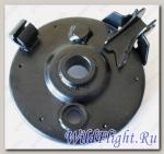 Пластина крепления барабанного тормоза, правая LU033441