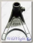 Вилка механизма переключения передач (I), сталь LU026282